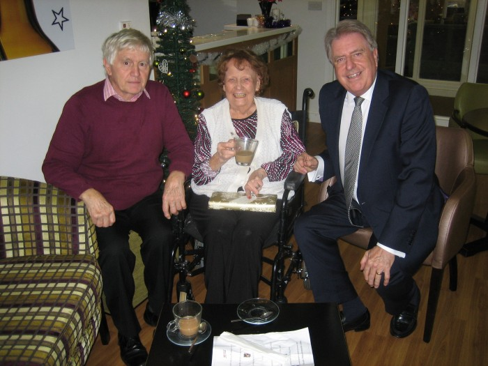 Visiting veteran Tory, Edna Reeve, with Jim Healey at Groveland Park Care Home