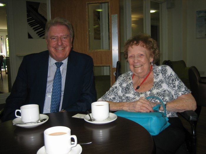 Visiting Tory veteran, Edna Reeve, at Groveland Park Care Home in Barnehurst this morning for coffee and a chat